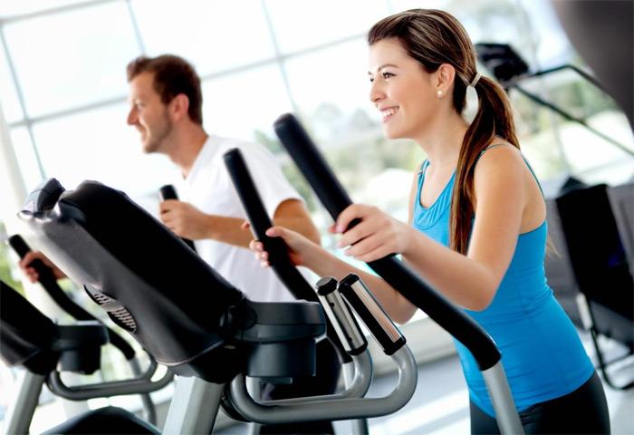 El gimnasio es un buen complemento para la práctica del pádel