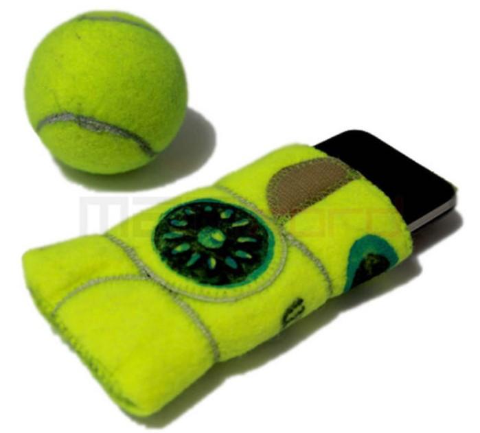 Fundas para móviles hechas con el fieltro de las pelotas
