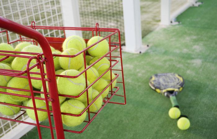 Los deportes de raqueta son aconsejables para la iniciación deportiva de los niños