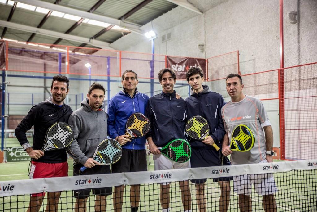 Foto de los jugadores italianos junto a Matías Díaz y Maty Marina