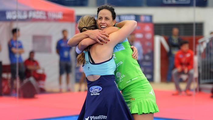 Marta Marrero y Ale Salazar celebrando su pase a la final
