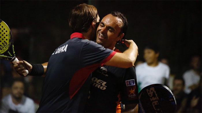 Lucho Capra y Godo Díaz celebrando su pase a semifinales
