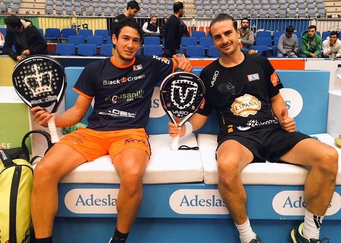 Uri Botello y Fede Quiles posan felices tras su pase a cuartos