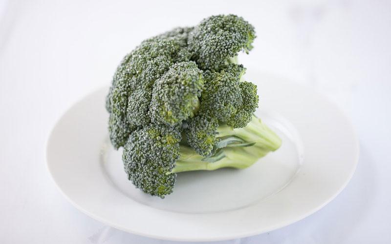 ¿Se puede jugar al pádel siendo una dieta vegana?