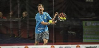 Paquito Navarro during his round of 32 of the Buenos Aires Padel Master