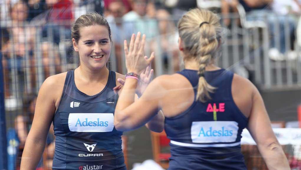 Ale y Ari imponen su ley a las gemelas
