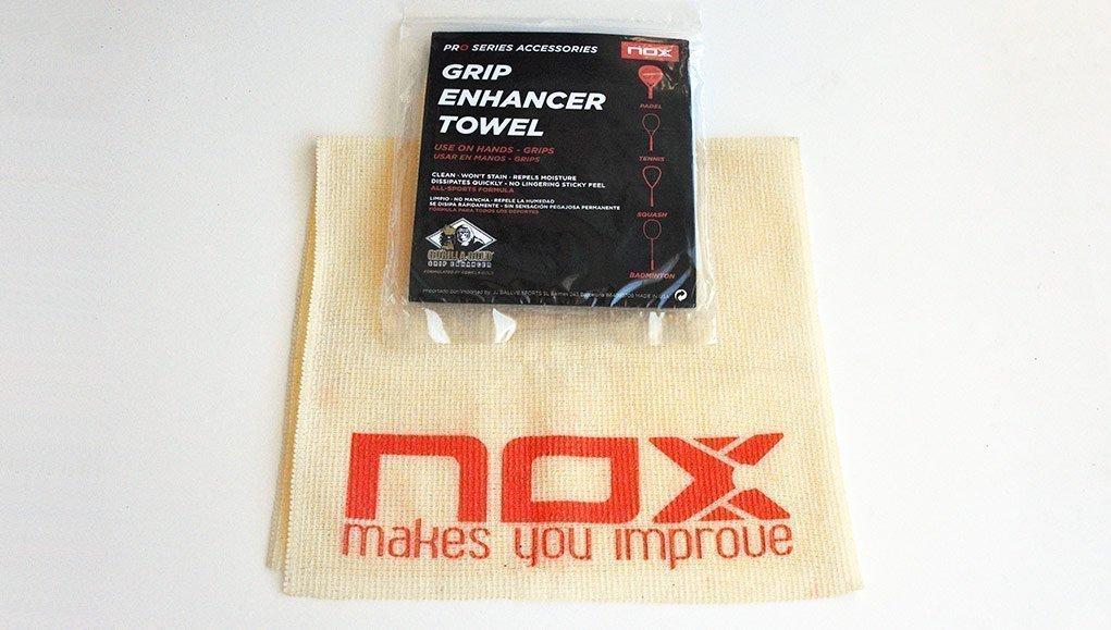 Usamos la toallita potenciadora de agarre de pádel Nox by Gorilla