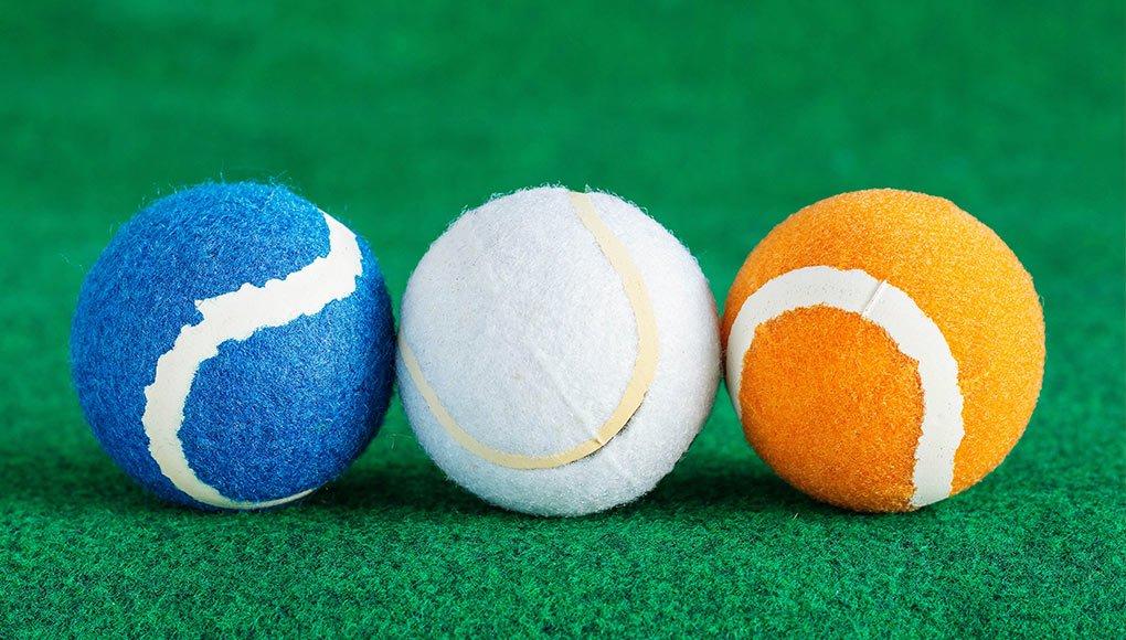 Pelotas de tenis de colores