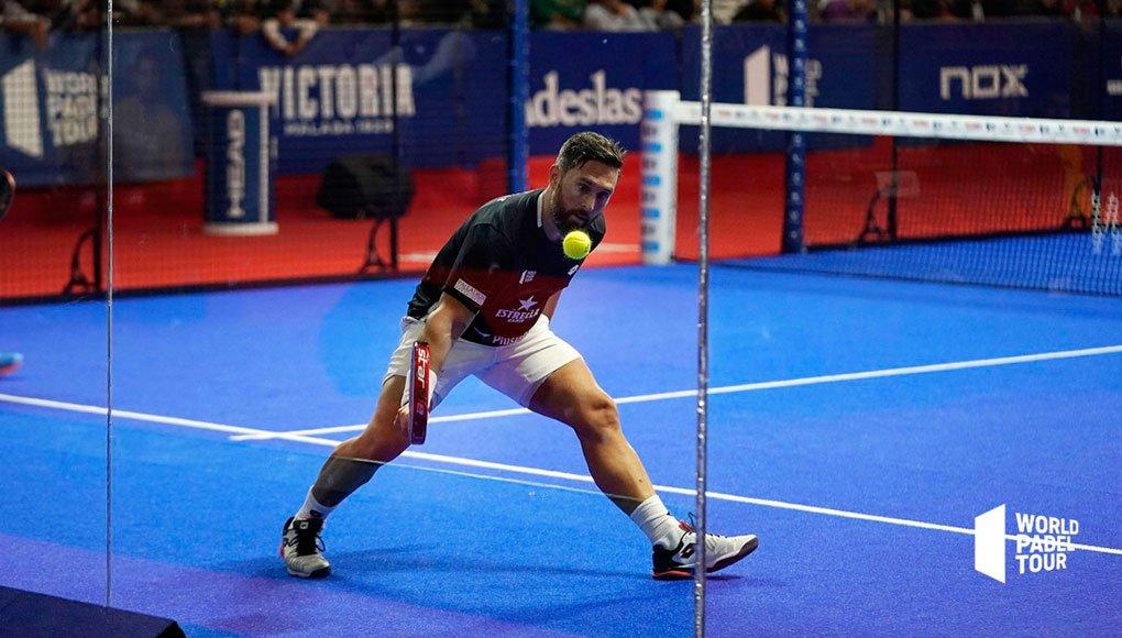 ¿Cuál es la postura ideal del cuerpo para el juego?