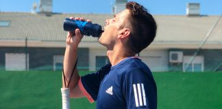 How to carry out proper hydration for paddle tennis