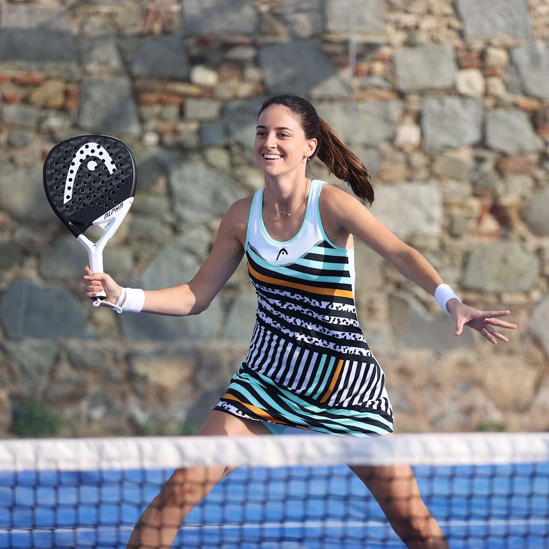 Támara Icardo vistiendo un vestido de la nueva colección de HEAD Pádel