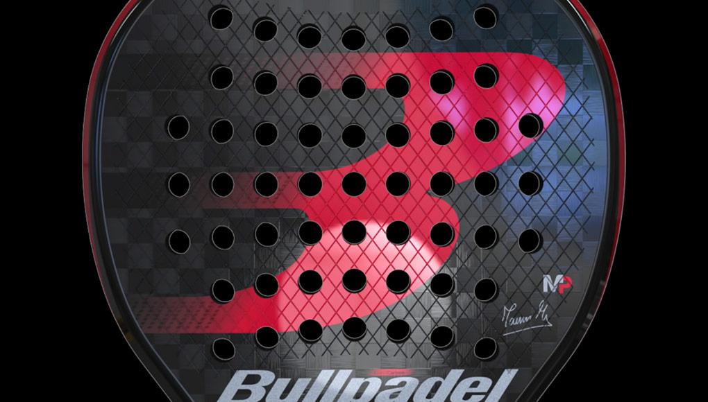 Estéticamente la Bullpadel MM1 PRO es muy elegante con el rojo sobre el negro